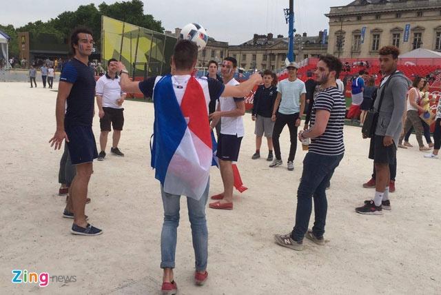 Khai mac Euro 2016: Cuong nhiet voi DJ va Zara Larsson hinh anh 19