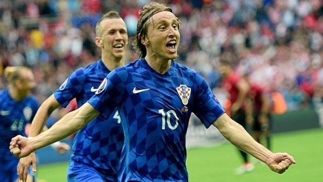 Modric lap sieu pham giup Croatia doi no Tho Nhi Ky hinh anh