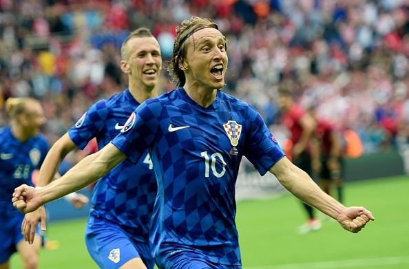Modric ghi ban cho DT Croatia anh 1