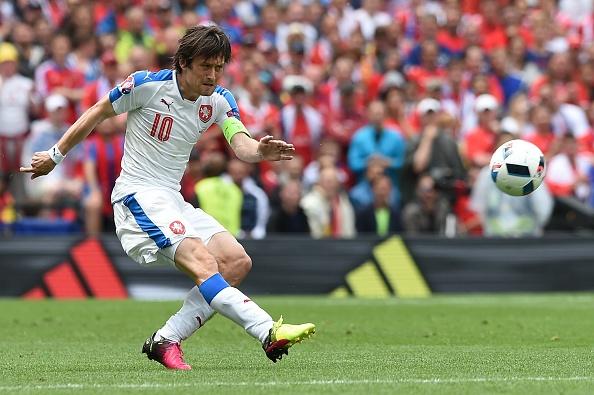 Tay Ban Nha vs CH Czech (1-0, KT): Pique toa sang hinh anh 21