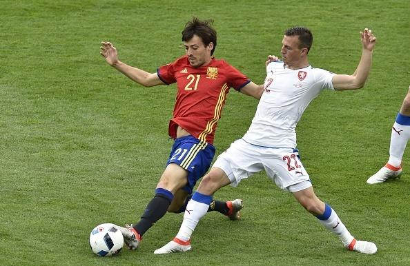 Tay Ban Nha vs CH Czech (1-0, KT): Pique toa sang hinh anh 17