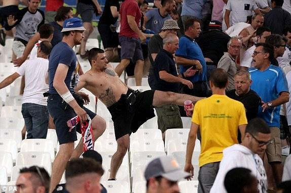 Nga vs Slovakia (1-2): Hamsik kien tao va ghi ban dep mat hinh anh 12