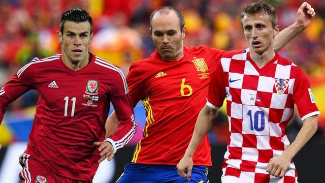 Doi hinh hay nhat luot dau vong bang Euro 2016 hinh anh