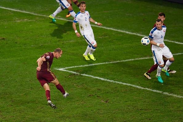 Nga vs Slovakia (1-2): Hamsik kien tao va ghi ban dep mat hinh anh 21