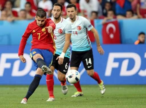 Tay Ban Nha vs Tho Nhi Ky (3-0): Morata lap cu dup hinh anh 11