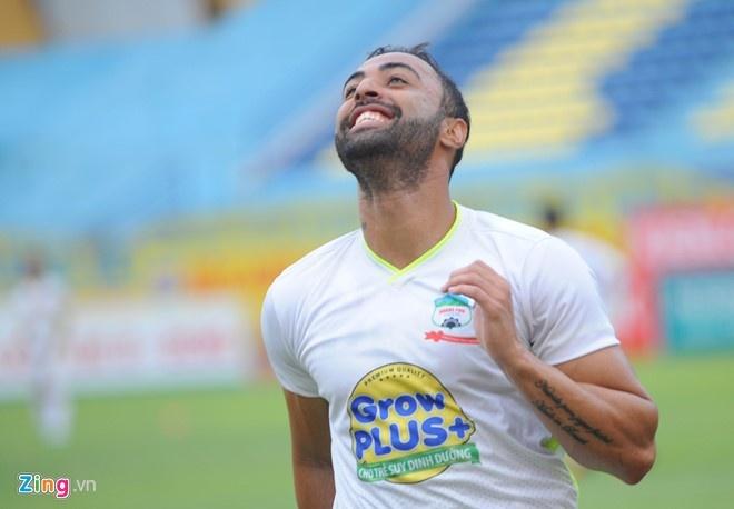 Ha Noi T&T vs HAGL (3-0): Tan binh Brazil gay that vong hinh anh 1