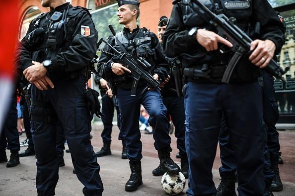 Anh vs Slovakia: Joe Hart noi dien vi Smalling hinh anh 6