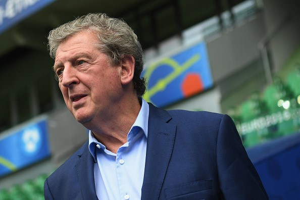 Anh vs Slovakia: Joe Hart noi dien vi Smalling hinh anh 2