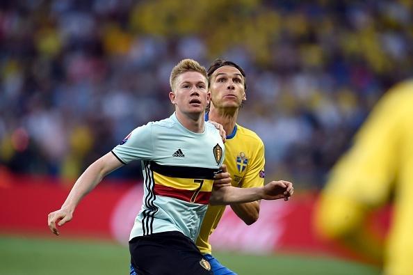 Thuy Dien vs Bi (0-1): Ibrahimovic cui dau roi Euro 2016 hinh anh 12
