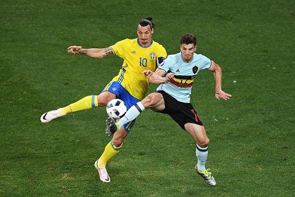Thuy Dien vs Bi (0-1): Ibrahimovic cui dau roi Euro 2016 hinh anh 14
