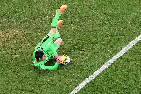 Thuy Dien vs Bi (0-1): Ibrahimovic cui dau roi Euro 2016 hinh anh 15