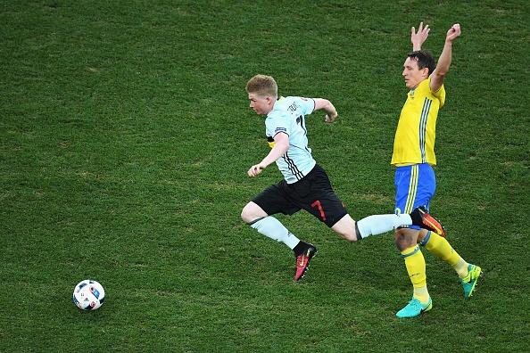 Thuy Dien vs Bi (0-1): Ibrahimovic cui dau roi Euro 2016 hinh anh 9