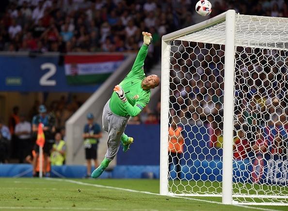 Bi vs Hungary (4-0): Hazard kien tao, ghi ban hinh anh 11
