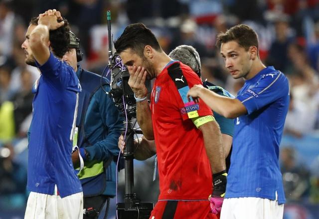 BLV Anh Ngoc: 'Italy thua do tam ly qua kem' hinh anh 1