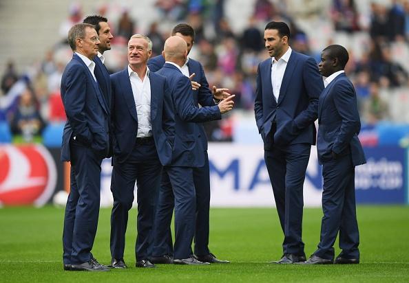 Phap vs Iceland (5-2): Giroud toa sang o tran mua ban thang hinh anh 6