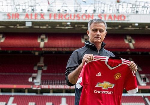 Dan dat MU, Mourinho tuyen bo nghe loi Sir Alex hinh anh