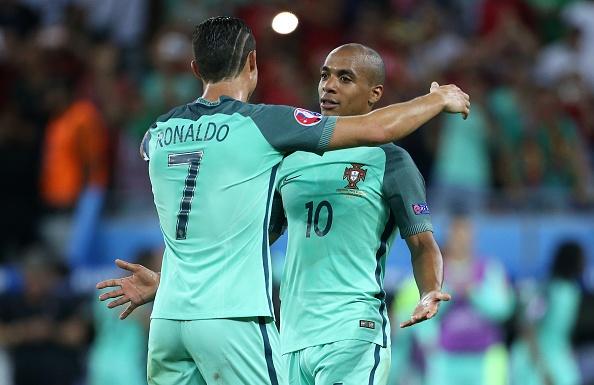Chuyen nhuong 11/7: Messi chia tay Barca nam 2018 hinh anh 2