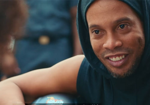 Ronaldinho pho dien ky thuat khi gioi thieu Olympics 2016 hinh anh
