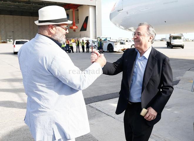 Zidane dua 2 con trai du dau cung Real Madrid hinh anh 3