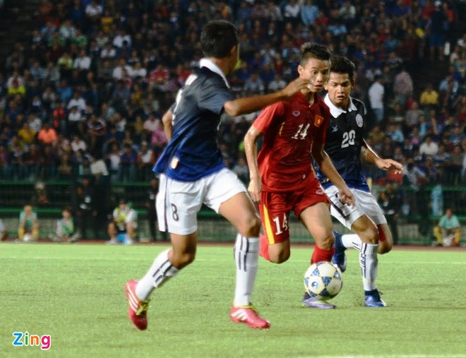 Tran U16 Campuchia vs U16 Viet Nam anh 9