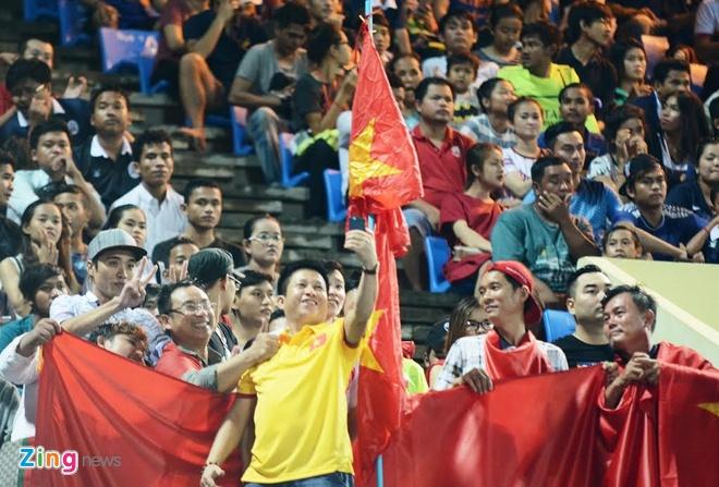 Tran U16 Campuchia vs U16 Viet Nam anh 10