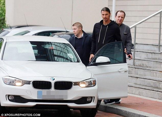 Ibrahimovic san sang cho lan dau hoi quan o MU hinh anh 3