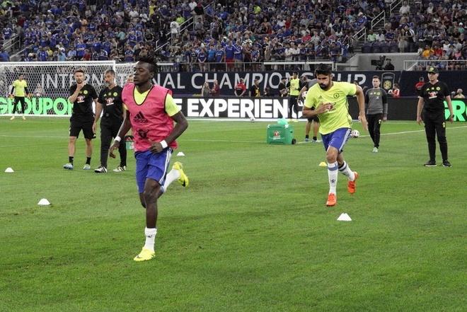 Chelsea vs AC Milan (3-1): Oscar lap cu dup ban thang hinh anh 6