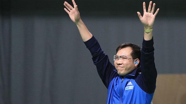 Hoang Xuan Vinh lap ky luc Olympic, gianh HCV ban sung hinh anh