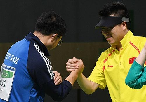 Hoang Xuan Vinh khien doi thu than phuc o Olympic 2016 hinh anh