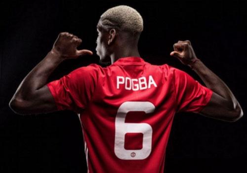 Paul Pogba ra mat MU, khoac ao dau so 6 hinh anh