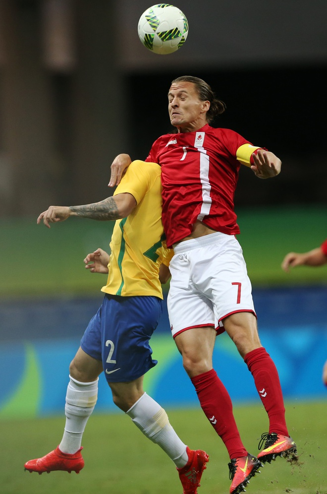 Olympic Brazil vao tu ket sau chien thang 4-0 hinh anh 6