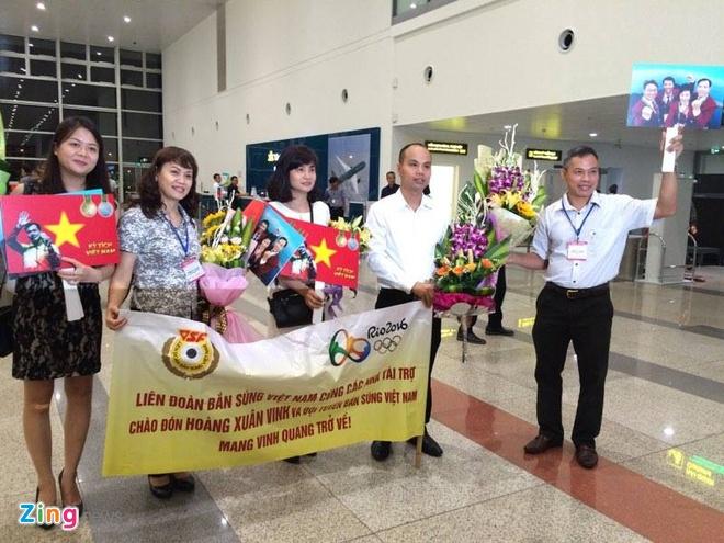 Xuan Vinh: 'Hang trieu CDV VN giup toi tao nen lich su' hinh anh 6