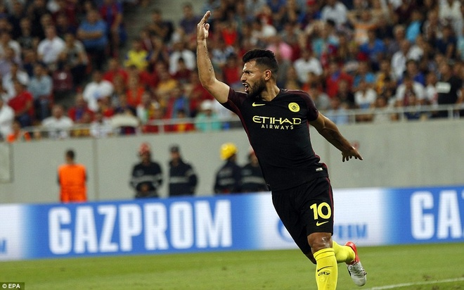 Sut hong penalty 2 lan, Aguero van co hat-trick cho Man City hinh anh 6