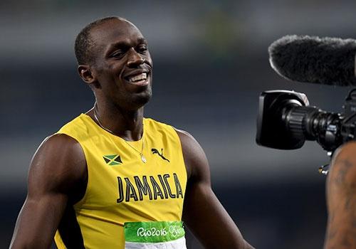 Usain Bolt vao chung ket dien kinh 200 m tai Olympic Rio hinh anh
