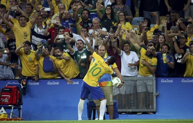 Brazil lan dau gianh HCV Olympic sau loat sut luan luu hinh anh 8
