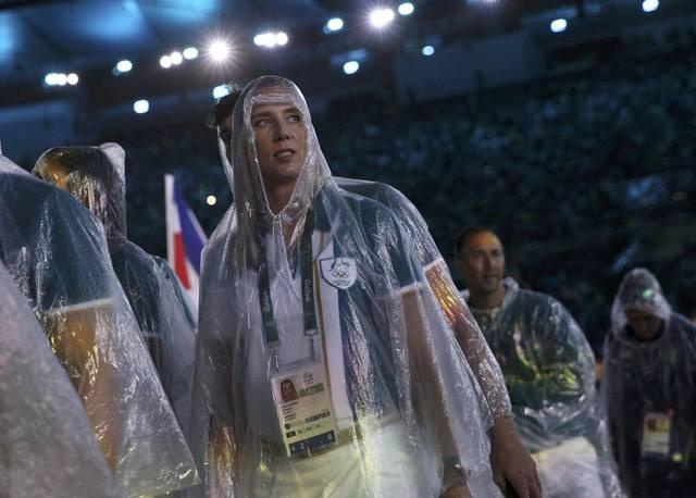 Be mac Olympic 2016: Thu tuong Nhat hoa than Super Mario hinh anh 9