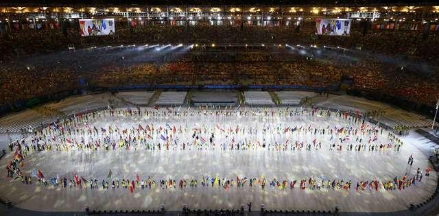 Be mac Olympic 2016: Thu tuong Nhat hoa than Super Mario hinh anh 5