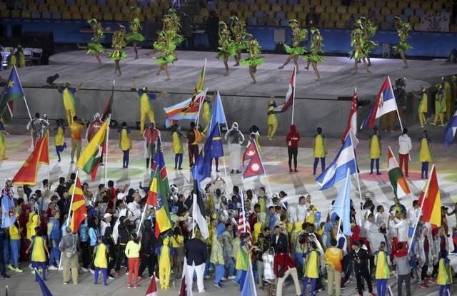 Be mac Olympic 2016: Thu tuong Nhat hoa than Super Mario hinh anh 7