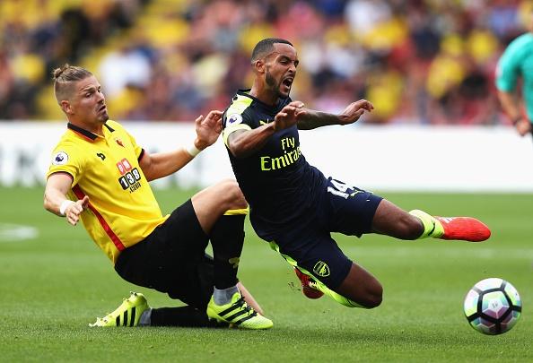Oezil tro lai va ghi ban, Arsenal co chien thang dau tien hinh anh 11