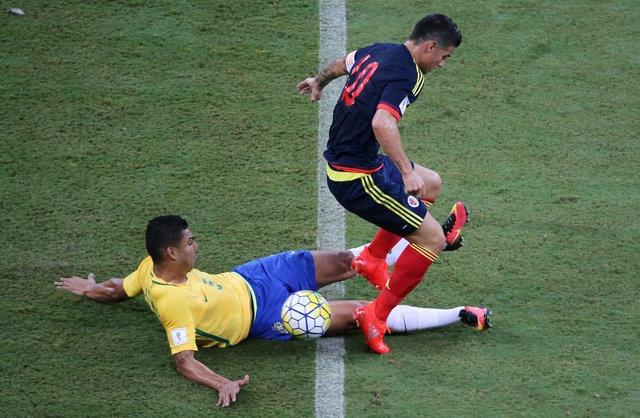 Brazil vs Colombia (2-1): Neymar hay nhat tran hinh anh 10