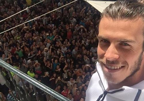 Bale duoc hang nghin fan chao don o Madrid hinh anh