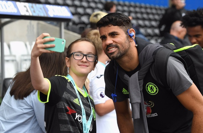 Swansea 2-2 Chelsea: Diego Costa ghi cu dup dep mat hinh anh 4