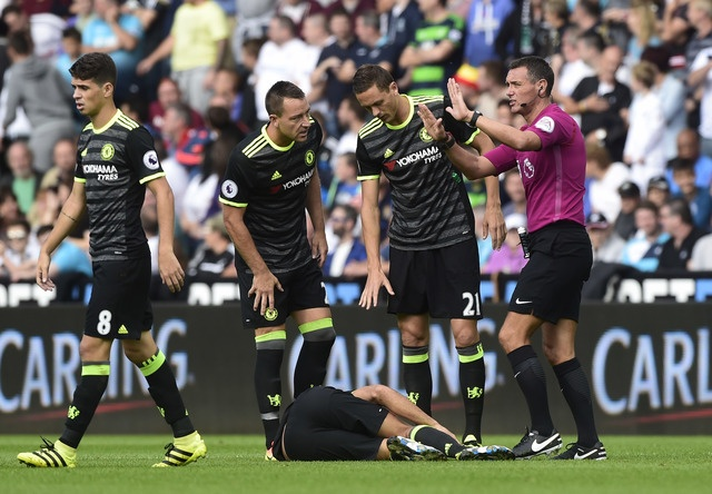 Swansea 2-2 Chelsea: Diego Costa ghi cu dup dep mat hinh anh 7