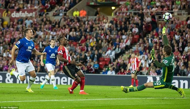 Lukaku ghi hat-trick, Everton thang doi cua David Moyes hinh anh 6