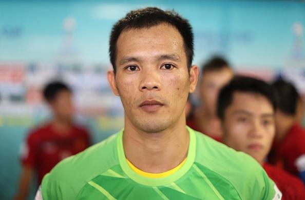 Futsal VN 1-7 Paraguay: Van Vu ghi ban dep mat cuoi tran hinh anh 14