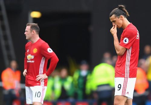Ibrahimovic, Rooney lot doi hinh gay that vong tuan qua hinh anh