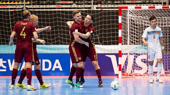 Futsal VN dung buoc o World Cup 2016 sau tran thua 0-7 hinh anh 5