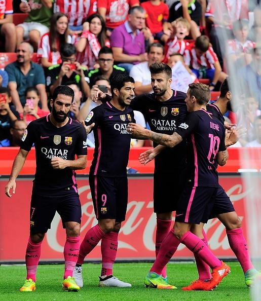 Sporting Gijon 0-5 Barca: Neymar lap cu dup hinh anh 10