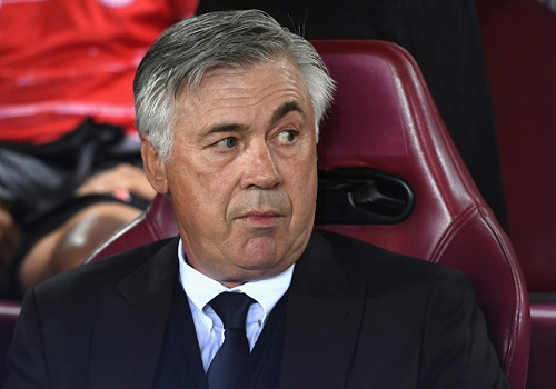 Ancelotti tuc gian vi su cham chap cua Bayern hinh anh