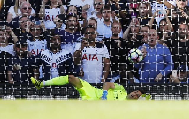 Tottenham 2-0 Man City: Pep Guardiola thua tran dau hinh anh 20